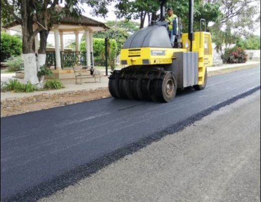 Pasa a tercer debate proyecto de ley que permitiría la construcción de calles con cemento portland