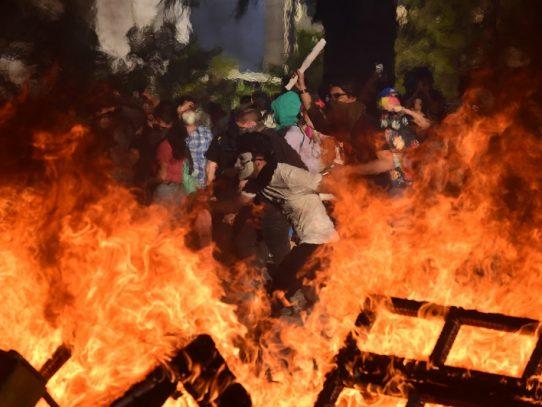 Ataque contra subestación eléctrica marca nueva jornada violenta en Chile