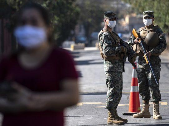 """Megacuarentena"" cambia rostro a Santiago tras brusco incremento de casos de coronavirus"