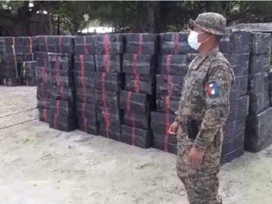 Decomisan 325,000 paquetes de cigarrillos de contrabando en Guna Yala