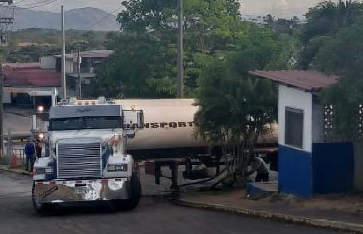 IDAAN recibe cotizaciones para el servicio de distribución de agua potable en carros cisterna