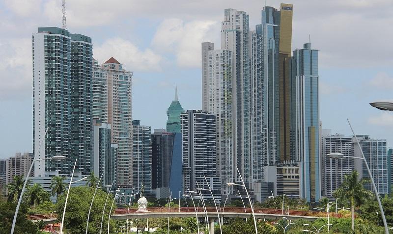 Panamá entre los mejores países del mundo para hacer negocios