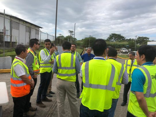COEL realiza recorrido por bodegas del área de carga del aeropuerto de Tocumen