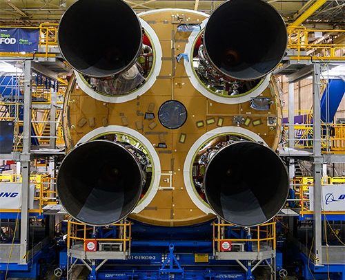 Primera etapa del próximo cohete que irá a la Luna está terminada, según la NASA