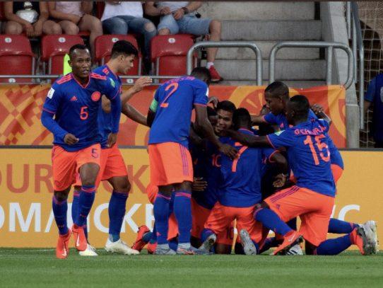 Colombia pasa a cuartos tras eliminar a Nueva Zelanda en penales