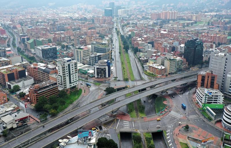 """Banco Mundial prevé que """"tiempos de COVID-19"""" sumirán a Latinoamérica en recesión"""