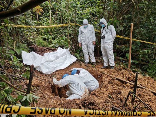Acusan a tres personas por hallazgo de nueva fosa en comarca Ngäbe Buglé