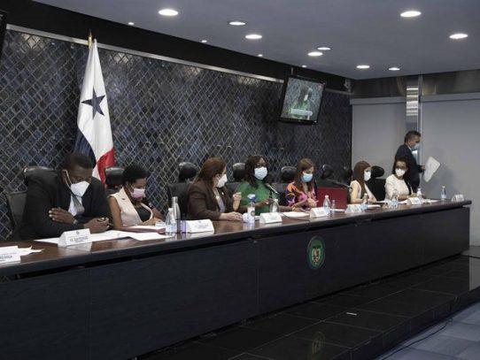 Proyecto que sanciona la violencia política contra la mujer pasa al pleno