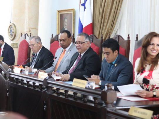 Aprueban endurecer sanciones por incumplimiento de normas municipales