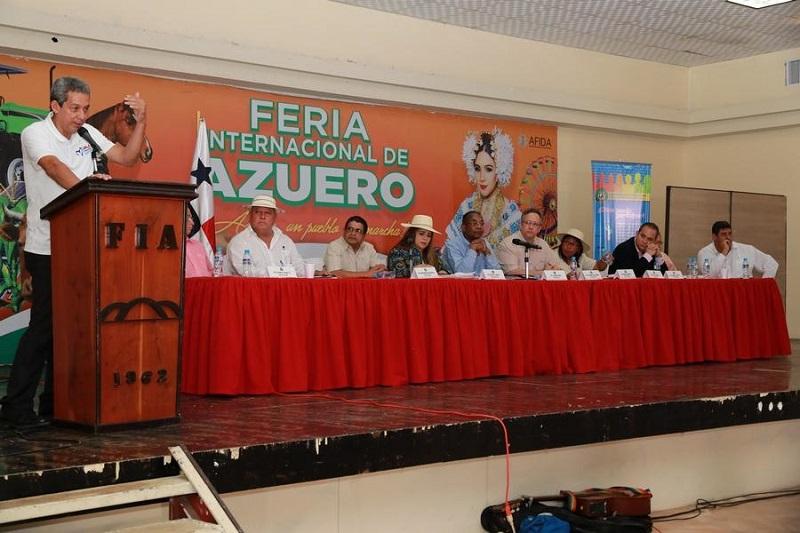 Santeños participan en consultas ciudadanas para reformas a la Constitución