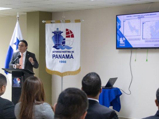 Plantean modernización tecnológica para el registro naval en Panamá
