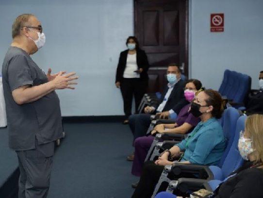 Lau Cortés se reúne con profesionales especializados en economía de la salud