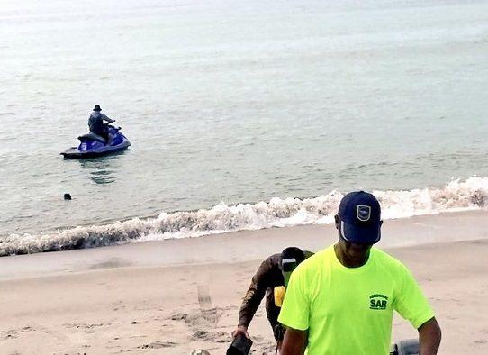 Hallan cuerpo de bañista que se ahogó en Playa Serena