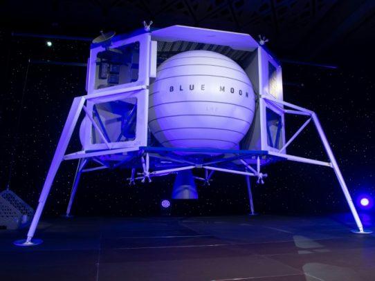"""El jefe de Amazon desvela un vehículo de alunizaje llamado """"Blue Moon"""""""