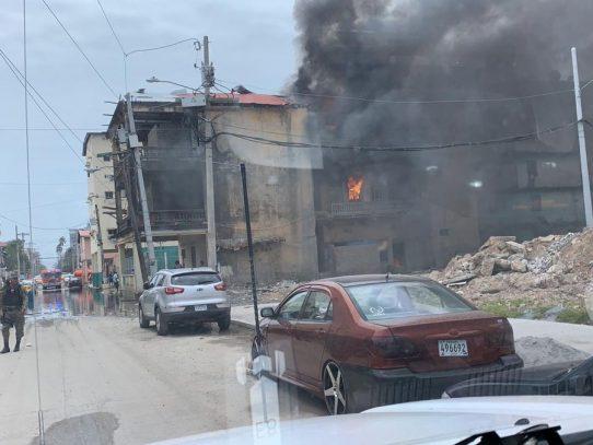 Incendio en caserón en la provincia de Colón