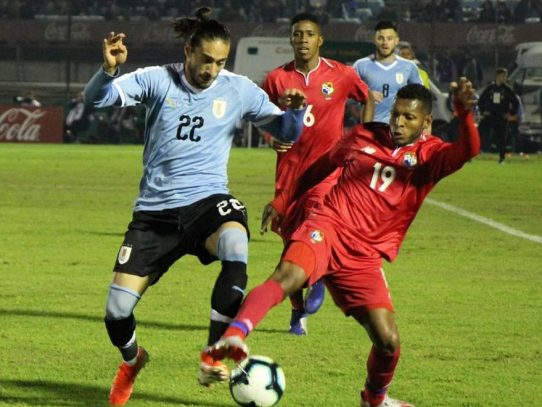 Uruguay derrota 3-0 a Panamá en amistoso preparatorio para Copa América