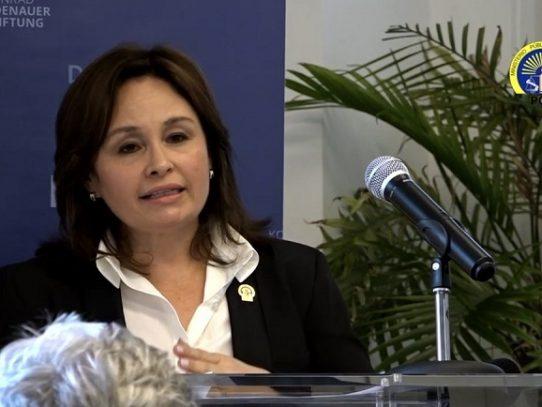 Cortizo: 'La procuradora dará la cara al país el próximo martes'