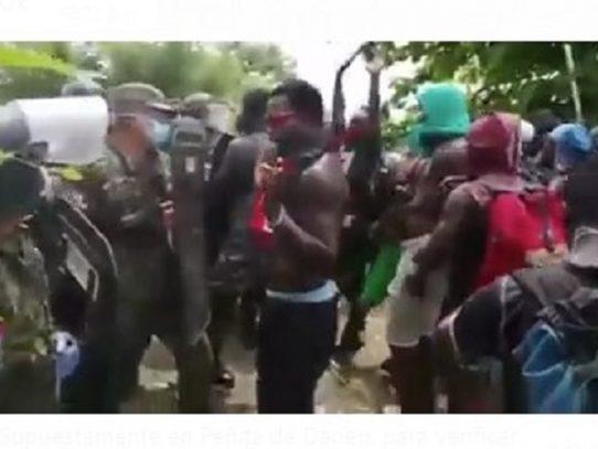 Enfrentamientos entre migrantes y el Senafron en Darién