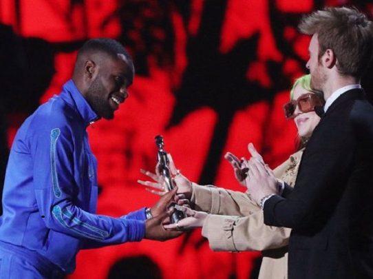 El rapero Dave gana el Brit al mejor álbum del año