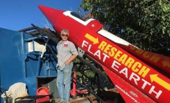Un estadounidense muere al intentar probar que la Tierra es plana