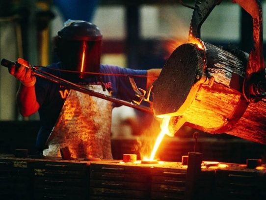 Déficit en producción de acero bruto preocupa al mercado latinoamericano