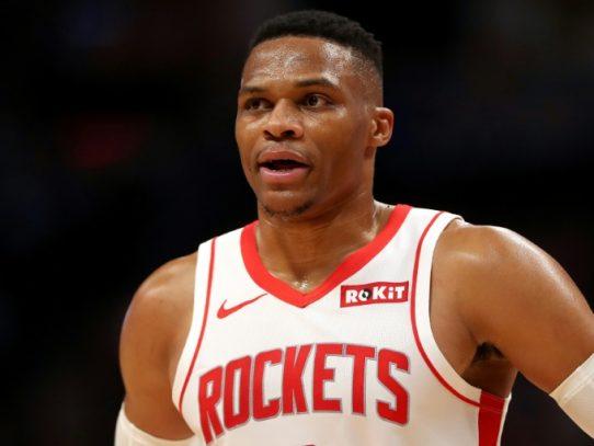 Westbrook se luce el viernes en la NBA en el triunfo de los Rockets