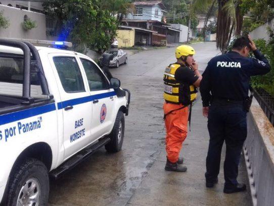 Buscan a hombre que cayó a río en Condado del Rey tras recibiruna descarga eléctrica