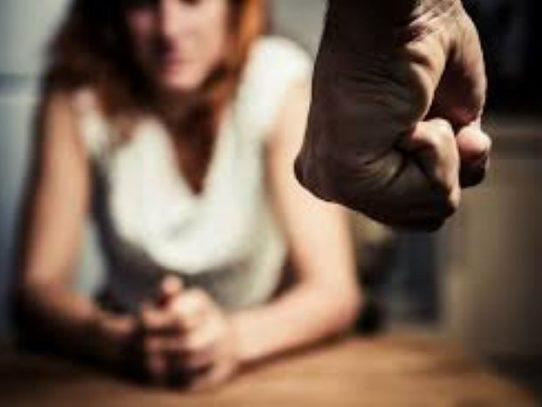 Inamu habilita línea de orientación  para mujeres víctimas de violencia doméstica