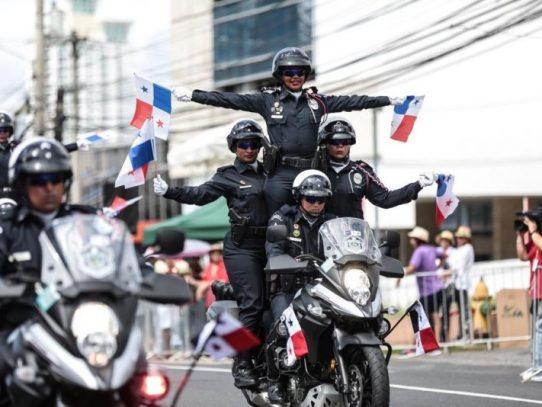 Inician desfiles patrios en Ciudad de Panamá con despliegue policial