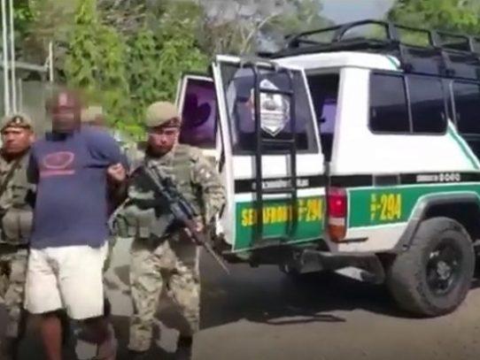 Detienen en Darién a colombiano solicitado por Interpol