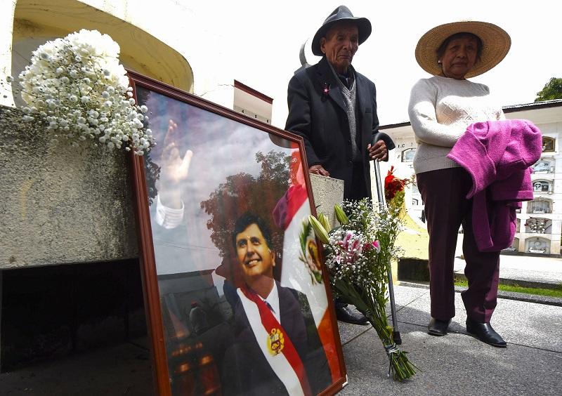 Testigo declara que expresidente peruano Alan García sobornó a fiscal en 2004