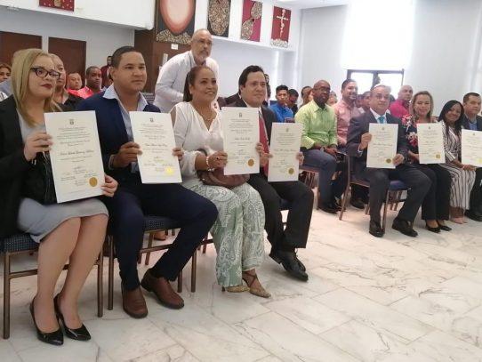 Zúñiga, Vigil, Cedeño y Vargas reciben credenciales como diputados del circuito 8-10