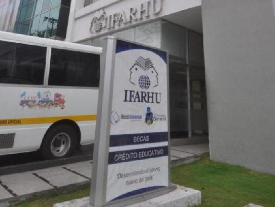 Ifarhu iniciará el pago de becas universitarias a partir del 24 de agosto