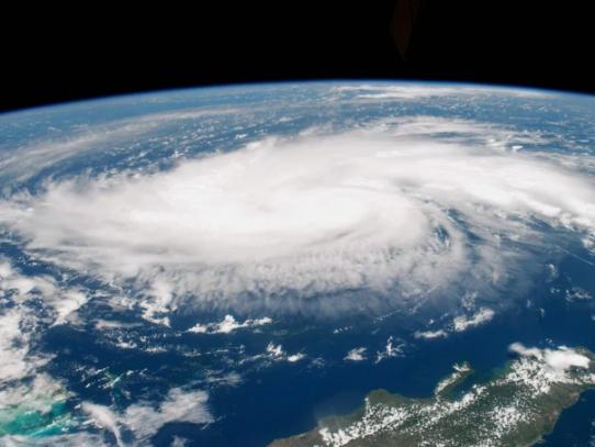 El huracán Dorian se fortalece a categoría 5
