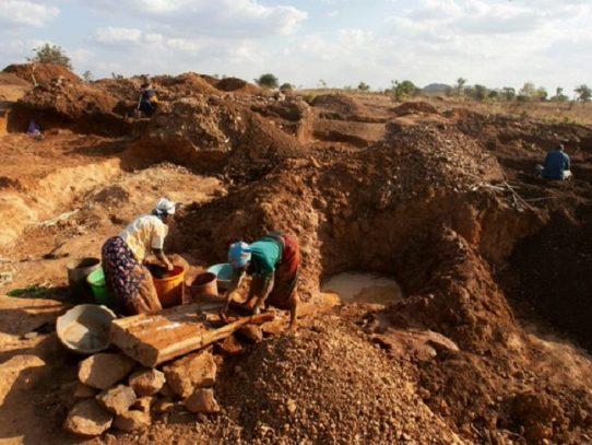 Varios muertos en el derrumbe de una mina de oro en Chad