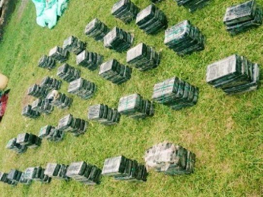 Incautan 183 paquetes se supuesta droga en Bocas del Toro
