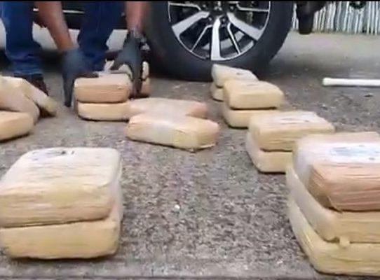 Incauntan 34 paquetes con droga en Veracruz