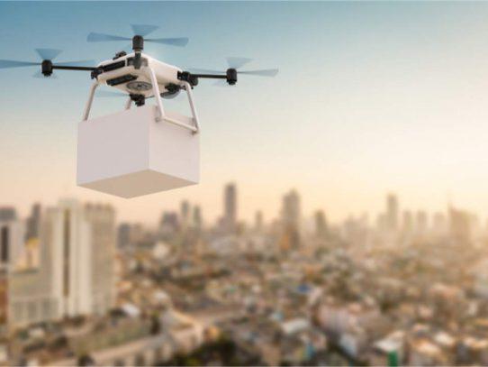 Uber repartirá comida con drones y presentó nuevo vehículo autónomo