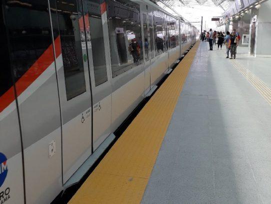 Servicio parcial por incidencia en estación del metro del Corredor Sur