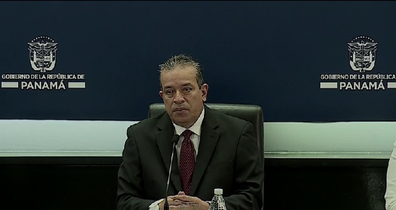 Samuel Rivera deja la dirección del Inadeh
