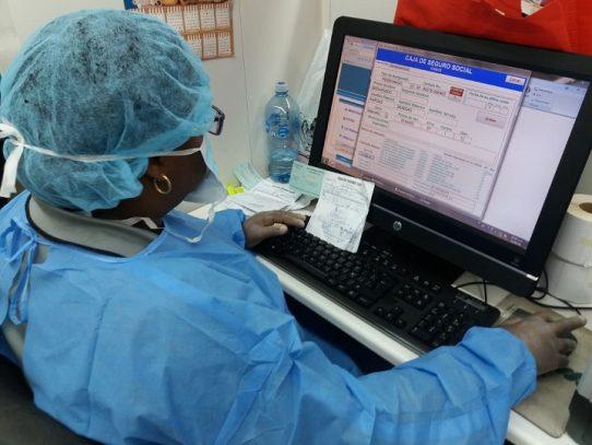 Decano de Medicina asegura que 400 galenos esperan nombramientos, Minsa señala haber hecho contrataciones