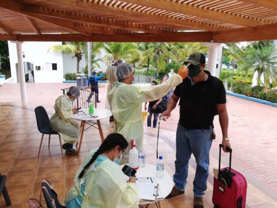 Cobre Panamá recibe a 159 trabajadores tras cumplir con cuarentena preventiva