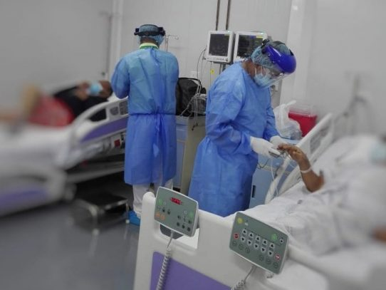Minsa procesa pago para cancelar turnos de médicos que luchan contra el Covid-19
