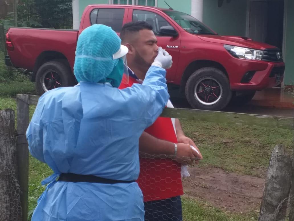 Hisopan a 151 contactos de casos positivos en La Cascada, Arraiján