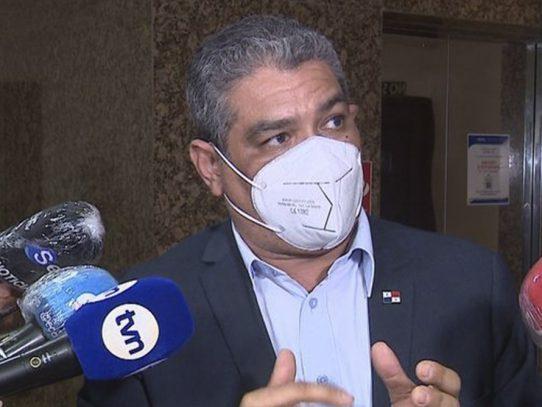 """Ministro Sucre: """"Es inminente que estamos frente al inicio de una tercera ola"""""""