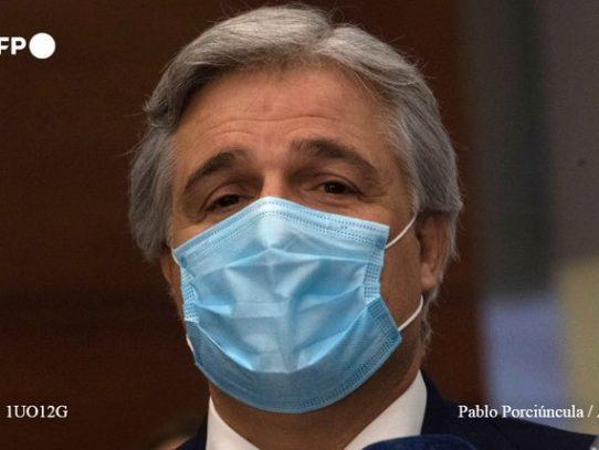 Nuevo canciller de Uruguay llega en primer vuelo comercial desde España