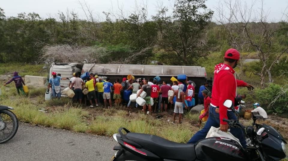 Al menos siete muertos y 46 heridos por explosión de camión en Colombia