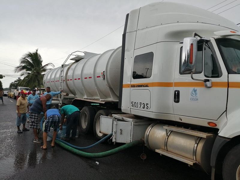 Idaan reduce pago a cisternas tras advertencia de Cortizo