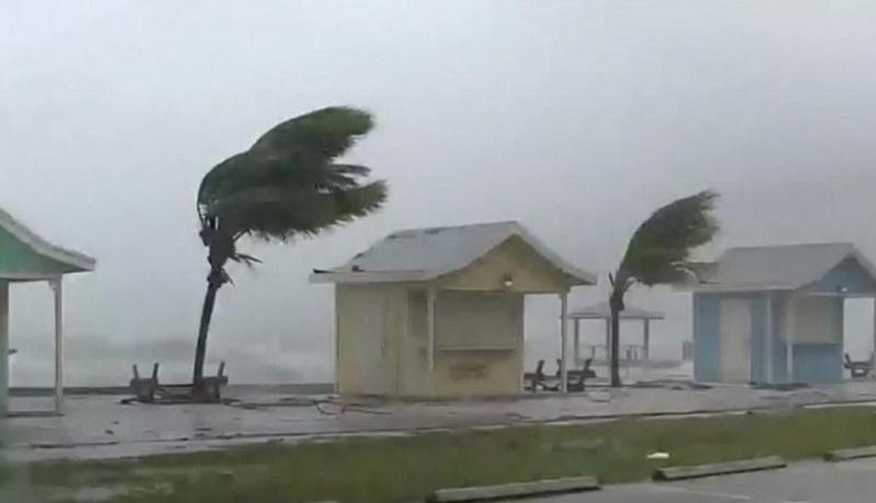 La tormenta tropical Nicholas amenaza la costa de Texas