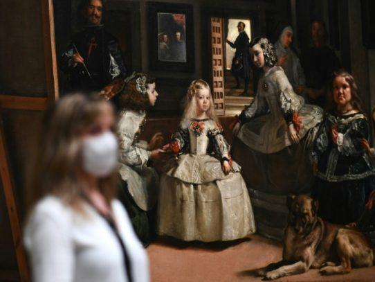 """Intimidad con """"Las meninas"""" en la reapertura del Prado en Madrid"""